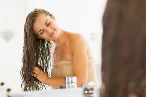 Common Mistakes That Stress Your Tresses