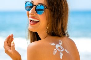 Things To Look For In A Sunscreen And Things To Avoid