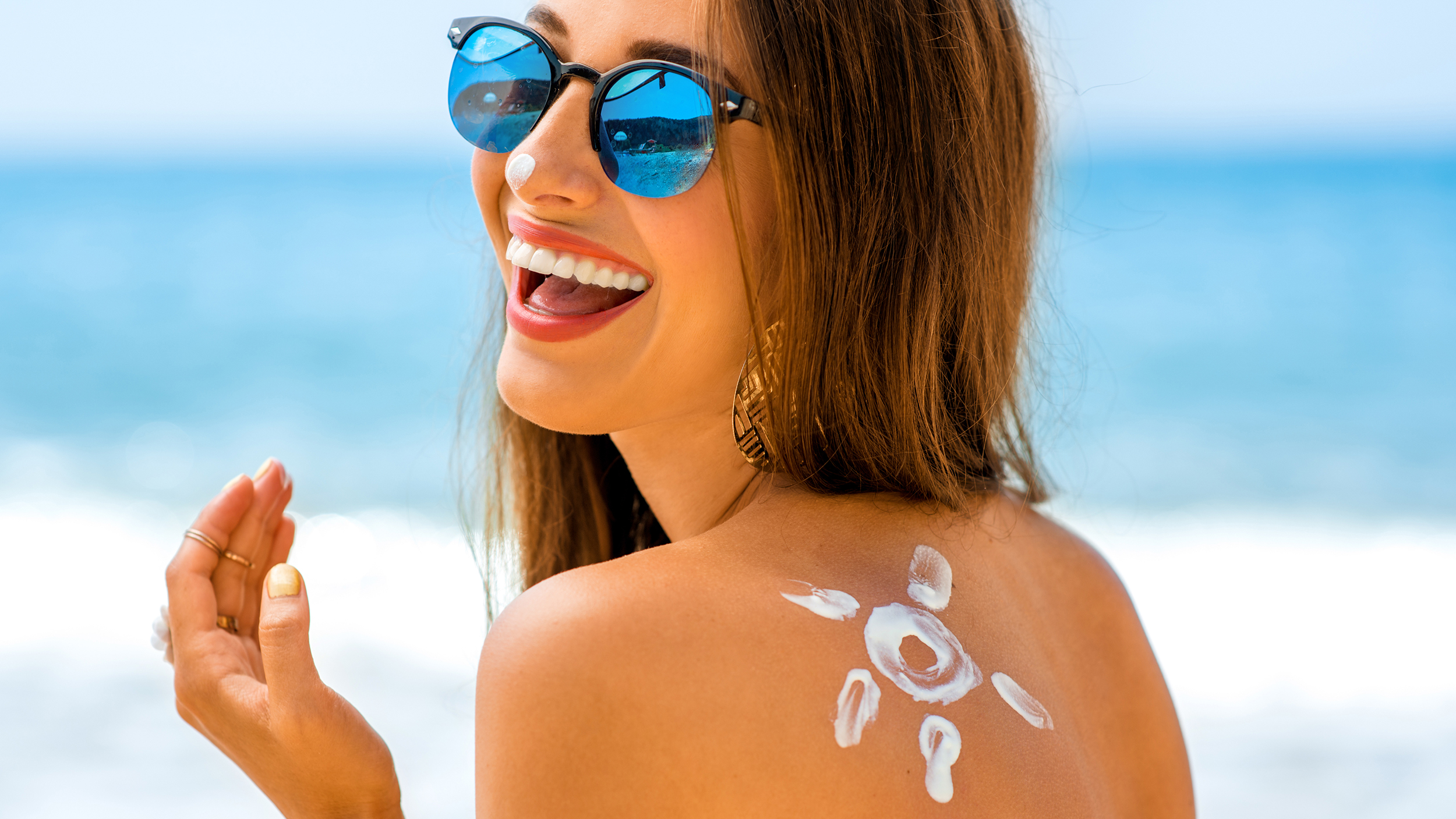 Things To Look For In A Sunscreen - Health & Glow