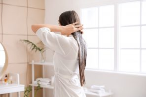 Essential Oils & Masks For 5 Common Hair Problems, By Our Beauty Experts