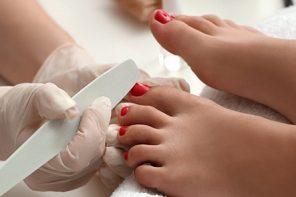 A Foolproof Guide To At-Home Pedicure, By Our Beauty Experts
